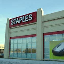 Staples (Belmar)